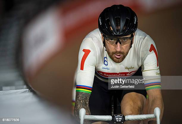 Bradley Wiggins of Great Britain competes in the Madison Chase Six Day London Cycling at the Velodrome on October 25 2016 in London England