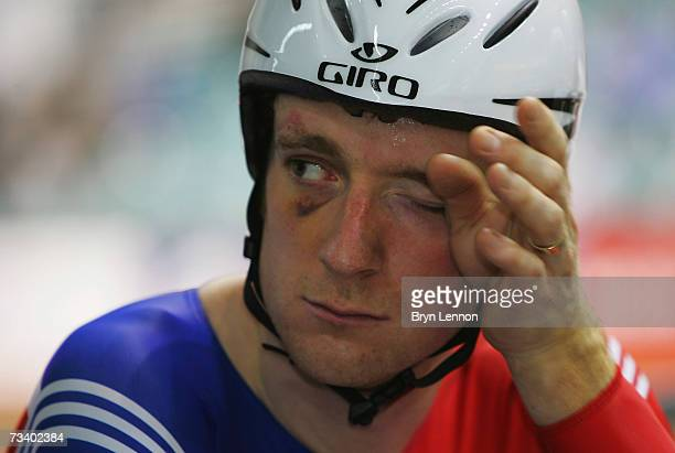 Bradley Wiggins of Great Britain prepares for qualifying for the Men's Indiviual Pursuit at the UCI Track Cycling World Cup Classic at the Manchester...