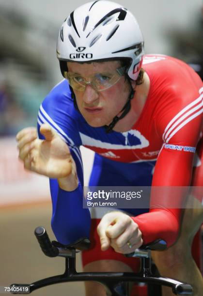 Bradley Wiggins of Great Britainprepares for the Men's Indiviual Pursuit at the UCI Track Cycling World Cup Classic at the Manchester Velodrome on...