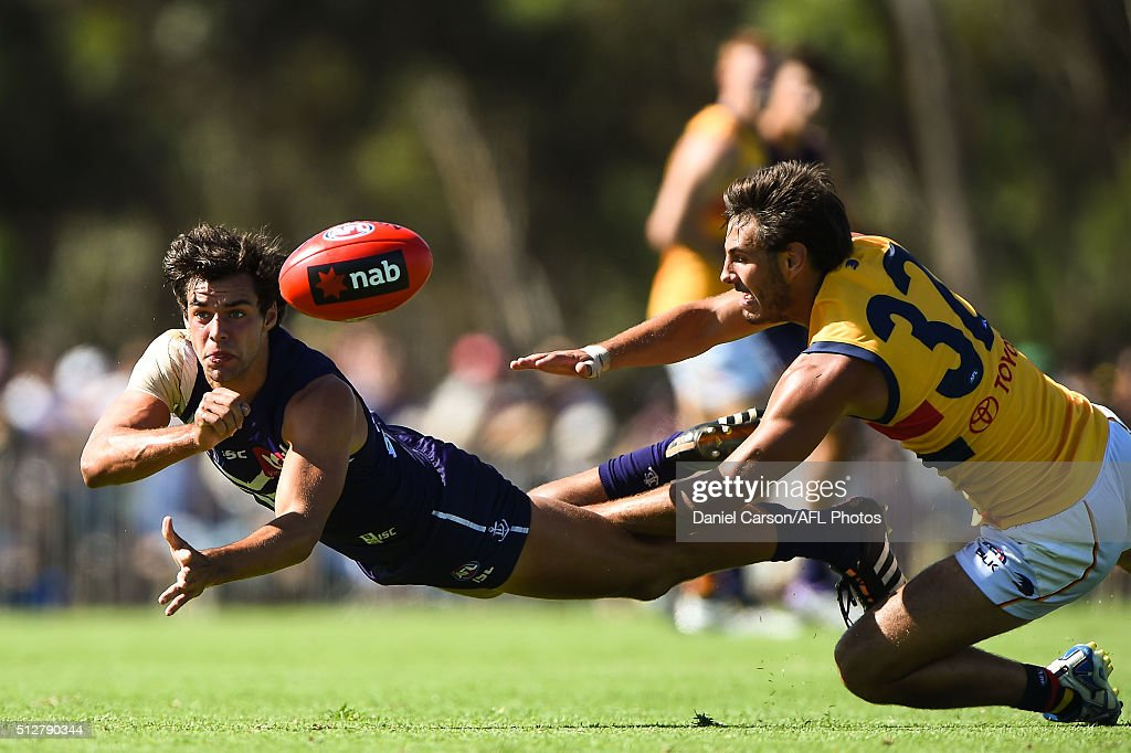 Brady Grey of the Dockers handballs during the 2016 NAB Challenge match between Fremantle Dockers and the Adelaide Crows at Sounness Park, Mount Barker on February 28, 2016.