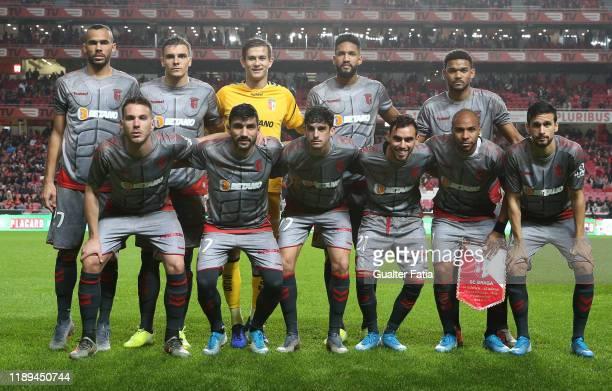 Braga players pose for a team photo before the start of the Taca De Portugal match between SL Benfica and SC Braga at Estadio da Luz on December 18...