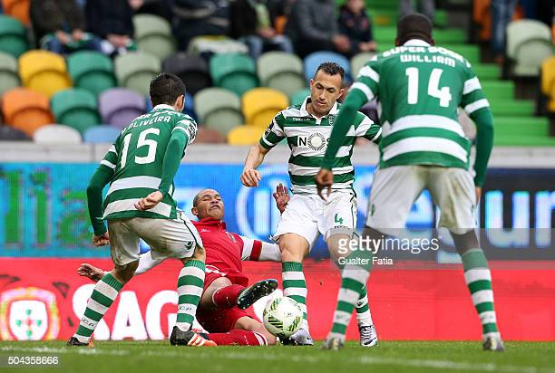 Braga's defender Baiano with Sporting CP's defender Jefferson in action during the Primeira Liga match between Sporting CP and SC Braga at Estadio...