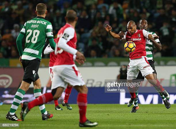 Braga's forward Wilson Eduardo from Portugal with Sporting CP's midfielder William Carvalho in action during the Primeira Liga match between Sporting...