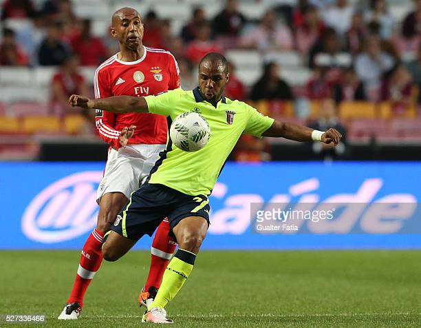 Braga's forward Wilson Eduardo with SL Benfica's defender from Brazil Luisao in action during the Taca CTT match between SL Benfica and SC Braga at...