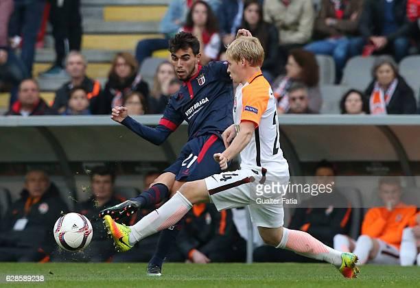 Braga's midfielder Ricardo Horta from Portugal with FC Shakhtar DonetskÕs midfielder Vyacheslav Tankovskiy in action during the UEFA Europa League...