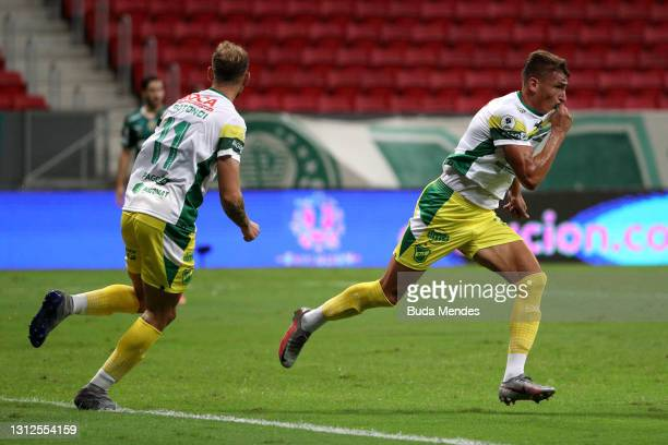 Braian Romero of Defensa y Justicia celebrates after scoring the first goal of his team during a match between Palmeiras and Defensa y Justicia as...