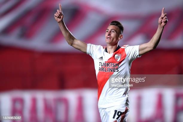 Braian Romero of River Plate celebrates after scoring the second goal of his team during a round of sixteen second leg match between Argentinos...