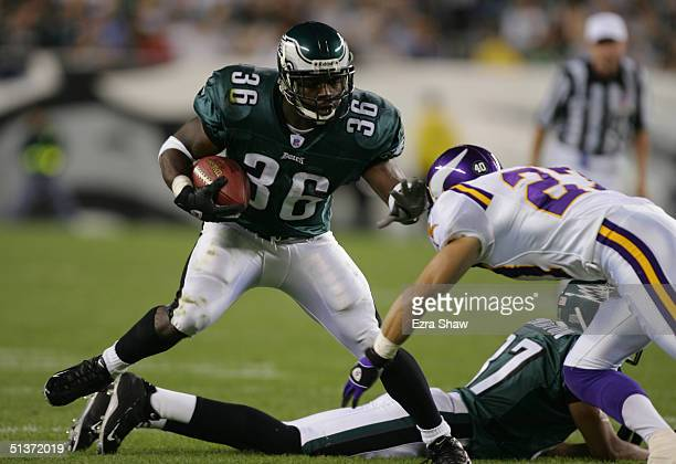 Brain Westbrook of the Philadelphia Eagles carries the ball during the NFL game against the Minnesota Vikings at Lincoln Financial Field on September...