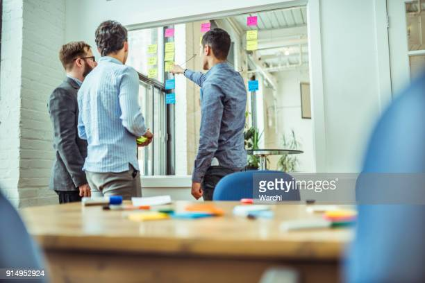 brainstorming - storyboard stock pictures, royalty-free photos & images