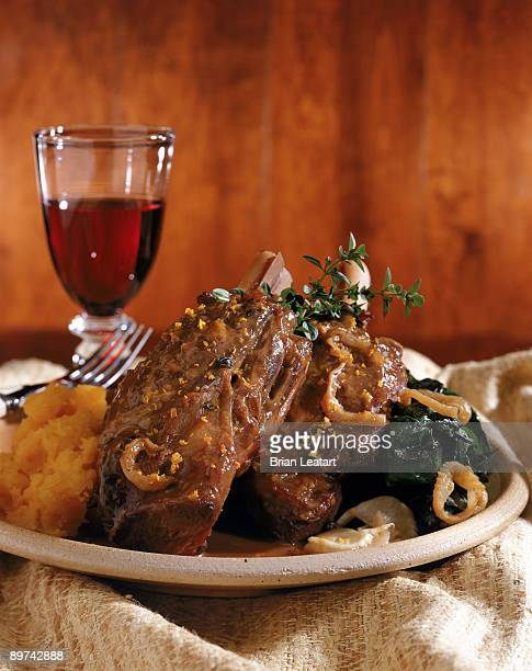 Braised lamb shank with wine