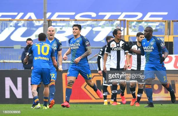 Bram Nuytinck of Udinese Calcio celebrates with team mates Rodrigo De Paul and Kevin Bonifazi after scoring their side's second goal during the Serie...