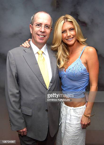 Brande Roderick and David Carruthers CEO of BETonSPORTS