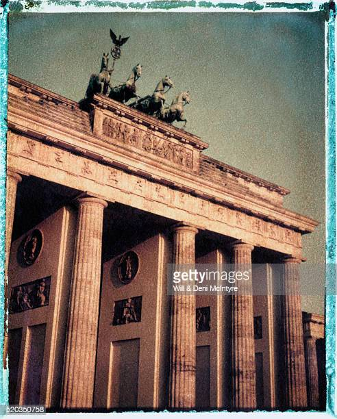 brandenburg gate - transfer image stock pictures, royalty-free photos & images
