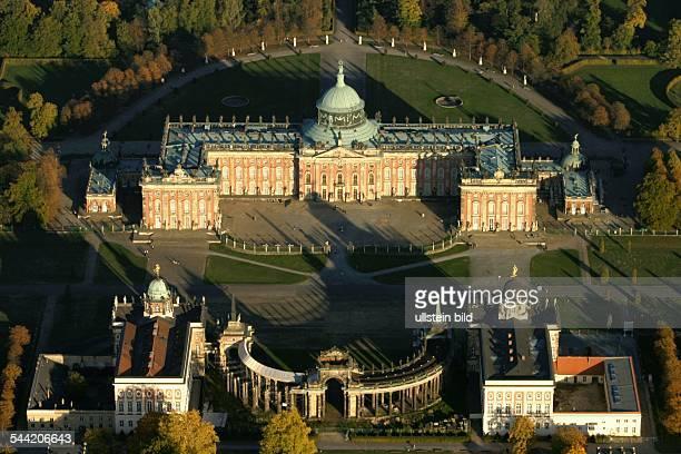 Brandenburg, Potsdam, das Neue Palais im Parkvon SanssouciLuftaufnahme- 2004 EDITORIAL-USE-ONLY!...