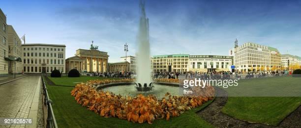 Brandenburger Tor (Brandenburg Gate) and Pariser Platz - panorama (Berlin, Germany)