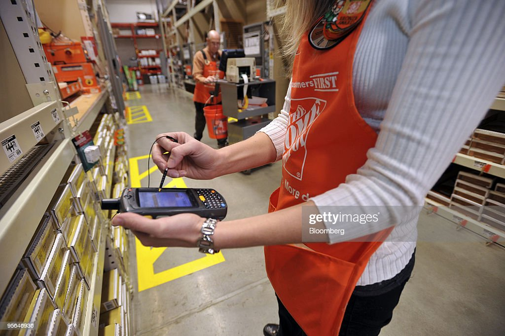 Home Depot Portable Checkout : News Photo