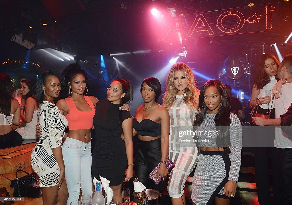 Khloe Kardashian Hosts 1 OAK Nightclub at The Mirage Hotel and Casino : News Photo