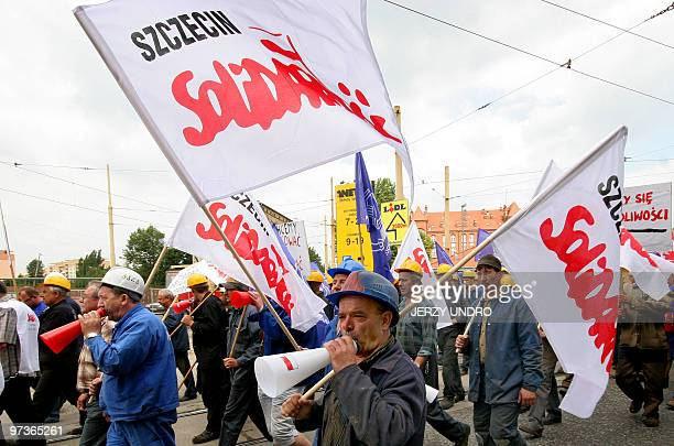 Brandishing Solidarity flags some 3000 shipyard workers took to the streets of Sczecin in protest against plans to reorganize the Szecin Shipyard on...