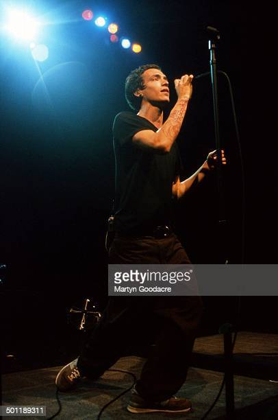 Brandon Boyd of Incubus performs on stage in London United Kingdom 2000