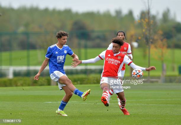 Brandon Cover of Leicester City with Bradley Ibrahim of Arsenal during the Leicester City v Arsenal: U18 Premier League match at Seagrave on October...