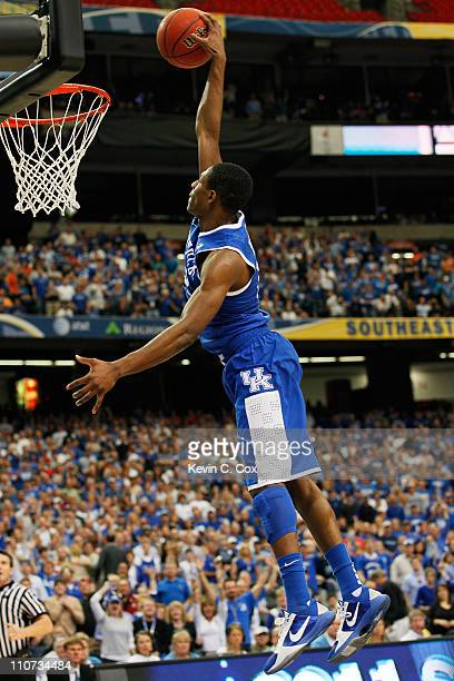 Brandon Knight of the Kentucky Wildcats dunks on the Florida Gators during the championship game of the SEC Men's Basketball Tournament at Georgia...