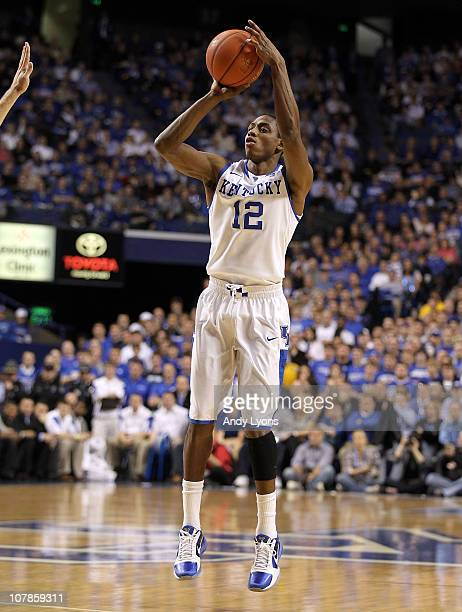 Brandon Knight of the Kentucky Wildcats shoots the ball during the game against the Penn Quakers at Rupp Arena on January 3 2011 in Lexington...