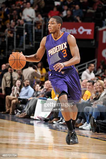 Brandon Knight of the Phoenix Suns drives against the Cleveland Cavaliers on March 7 2015 at Quicken Loans Arena in Cleveland Ohio NOTE TO USER User...