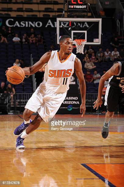 Brandon Knight of the Phoenix Suns drives to the basket against the San Antonio Spurs during a preseason game on October 3 2016 at Talking Stick...