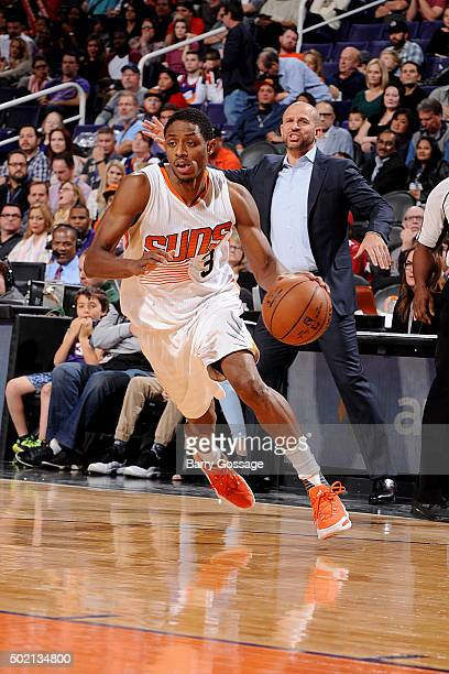 Brandon Knight of the Phoenix Suns drives to the basket during the game against the Milwaukee Bucks on December 20 2015 at US Airways Center in...