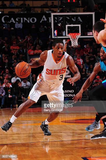 Brandon Knight of the Phoenix Suns handles the ball against the Charlotte Hornets on January 6 2016 at US Airways Center in Phoenix Arizona NOTE TO...