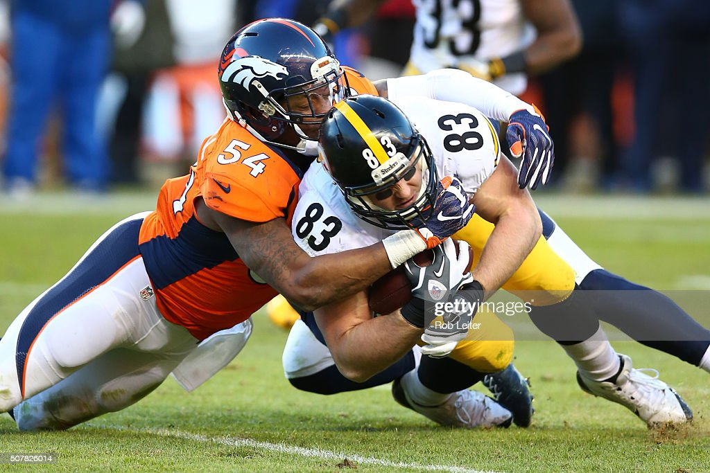 Pittsburgh Steelers v Denver Broncos : News Photo
