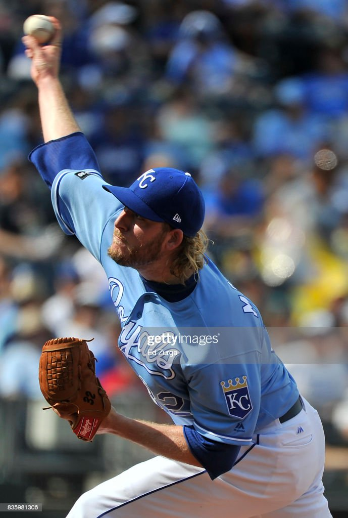 Brandon Maurer #32 of the Kansas City Royals throws in the eighth inning against the Cleveland Indians at Kauffman Stadium on August 20, 2017 in Kansas City, Missouri.