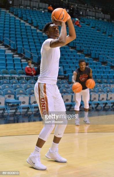 Brandon McCoy of the UNLV Rebels warms up before the team's game against the Illinois Fighting Illini at the MGM Grand Garden Arena on December 9...