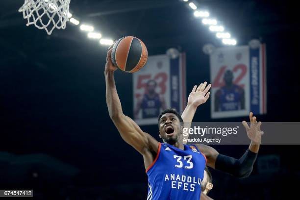 Brandon Paul of Anadolu Efes in action during the Turkish Airlines Euroleague Playoffs Game 4th match between Anadolu Efes and Olympiacos Piraeus at...