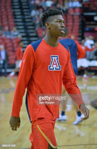 Brandon Randolph of the Arizona Wildcats warms up before his team's game against the UNLV Rebels at the Thomas Mack Center on December 2 2017 in Las...