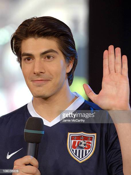 Brandon Routh during Rosario Dawson Kate Bosworth Brandon Routh Visit MTV's TRL June 28 2006 at MTV Studios in New York City New York United States