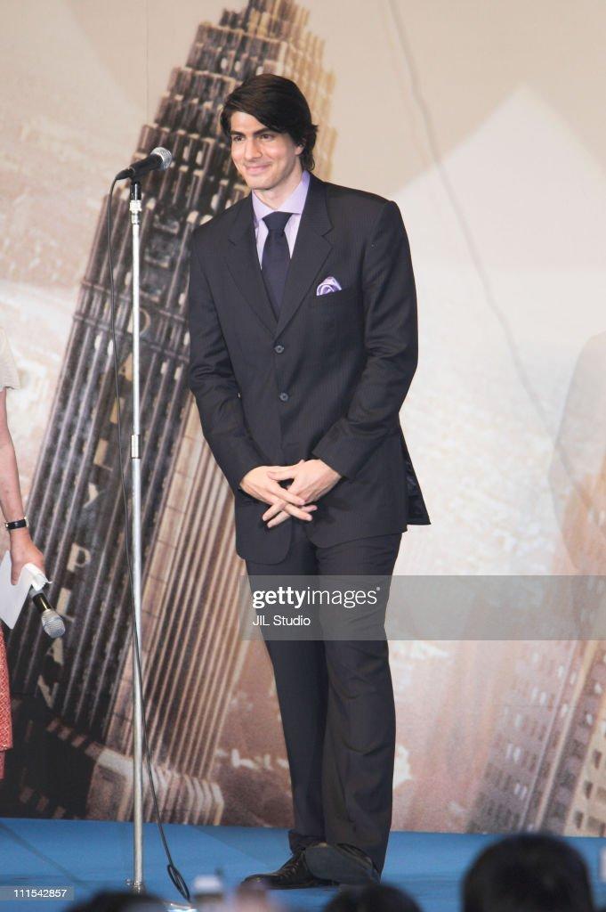 """Superman Returns"" Tokyo Premiere - Stage Greeting : News Photo"