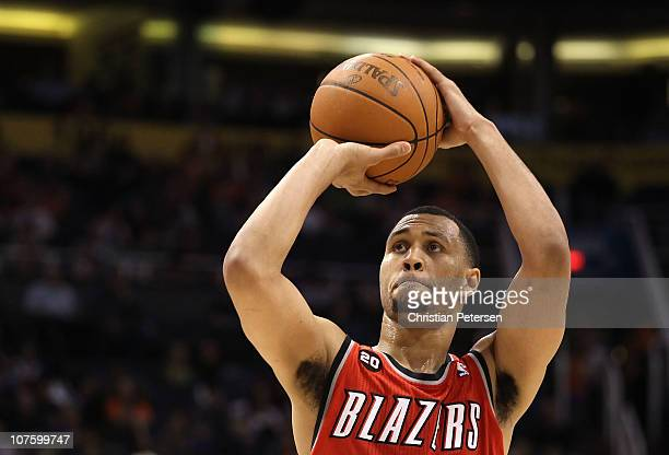 Brandon Roy of the Portland Trail Blazers shoots a free throw shot during the NBA game against the Phoenix Suns at US Airways Center on December 10...