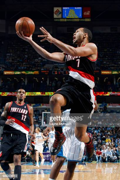 Brandon Roy of the Portland Trail Blazers shoots against the New Orleans Hornets on November 13 2009 at the New Orleans Arena in New Orleans...
