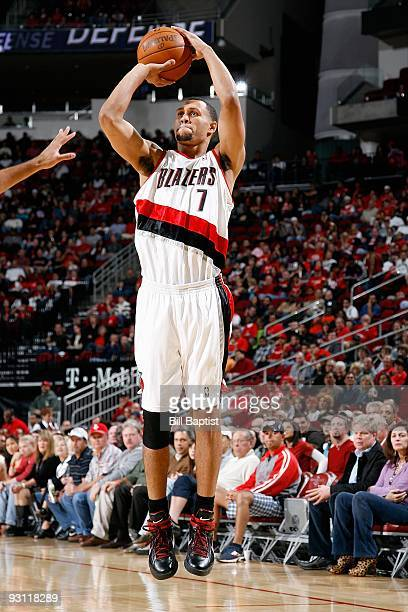 Brandon Roy of the Portland Trail Blazers shoots during the game against the Houston Rockets on October 31 2009 at the Toyota Center in Houston Texas...