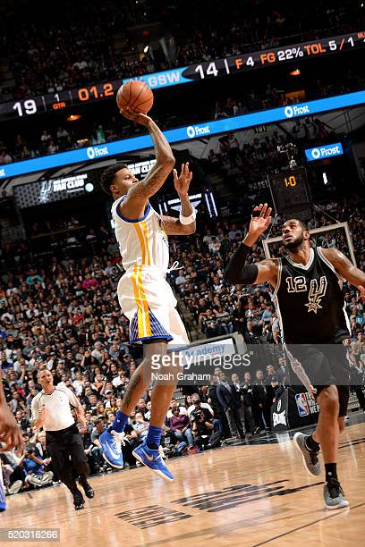 Brandon Rush of the Golden State Warriors shoots the ball during the game against the San Antonio Spurs on April 10 2016 at the ATT Center in San...