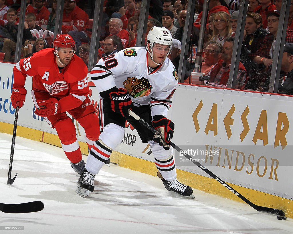 Chicago Blackhawks v Detroit Red Wings