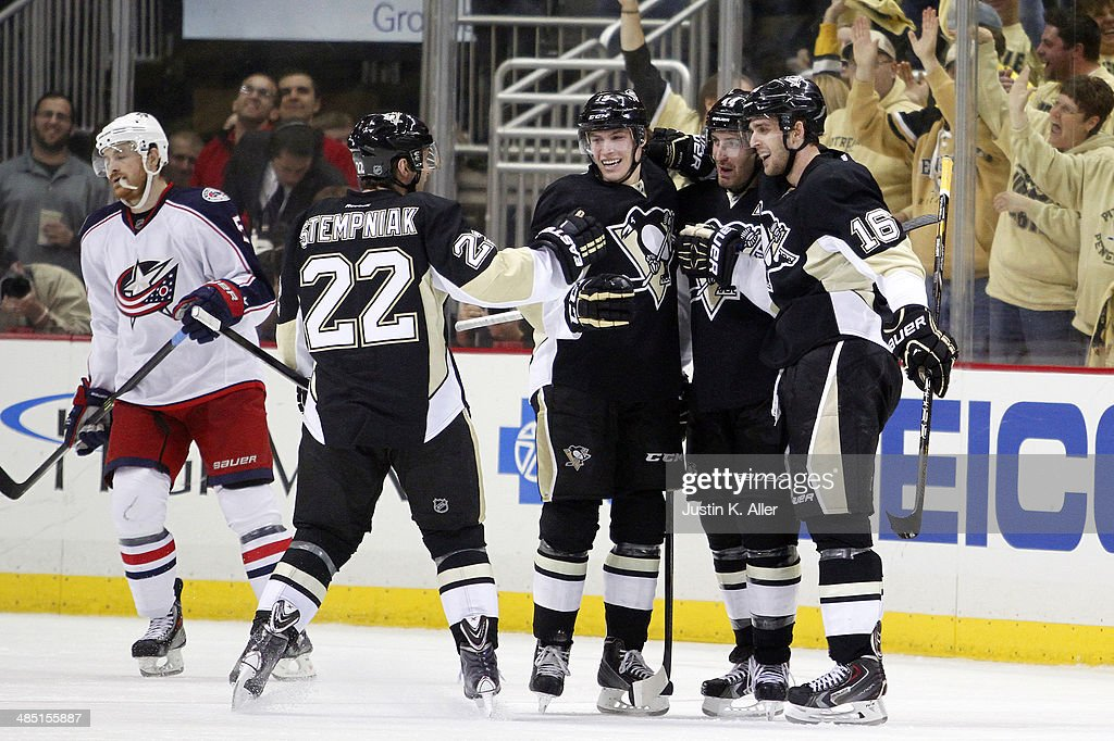 Columbus Blue Jackets v Pittsburgh Penguins - Game One : News Photo