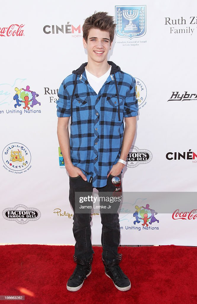 Brandon Tyler Russell attends the Children Uniting Nations' Day of The Child Fundraiser held at the Santa Monica Pier on November 18, 2012 in Santa Monica, California.