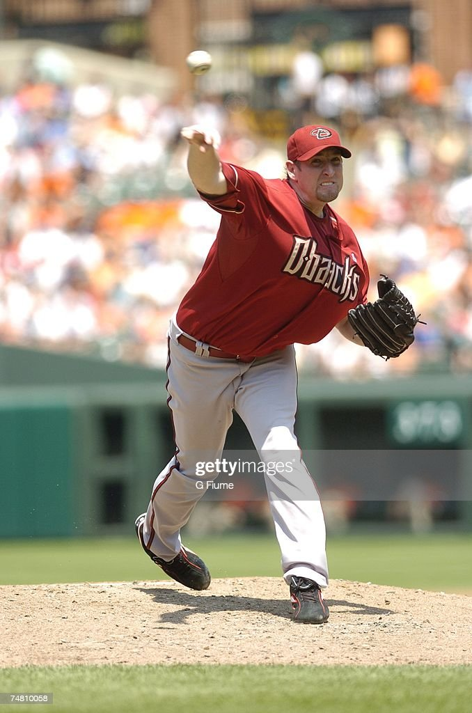 Brandon Webb #17 of the Arizona Diamondbacks pitches against the Baltimore  Orioles at Camden Yards