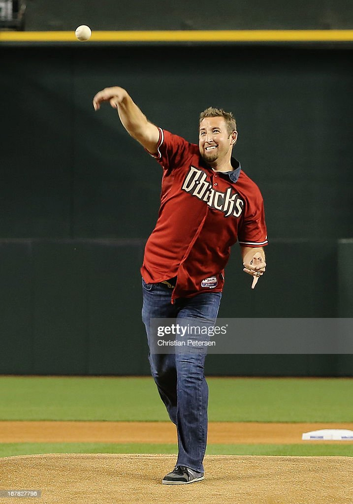 Brandon Webb throws out the Ceremonial first pitch before the MLB Opening Day game between the Arizona Diamondbacks and the St. Louis Cardinals at Chase Field on April 1, 2013 in Phoenix, Arizona.