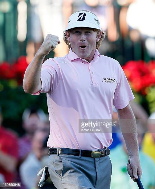 Brandt Snedeker celebrates on the 18th green after his three stroke victory at the TOUR Championship to clinch the FedExCup during the final round of...