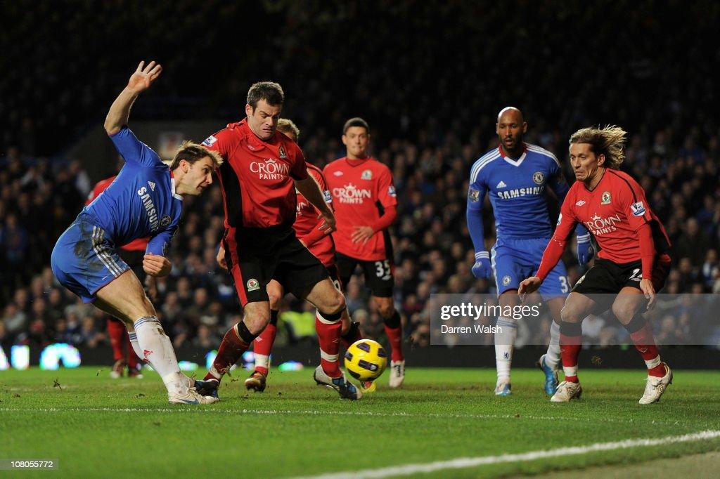 Chelsea v Blackburn Rovers - Premier League : Nachrichtenfoto