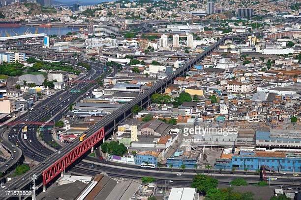 Brasil Avenue とレッドラインのリオ