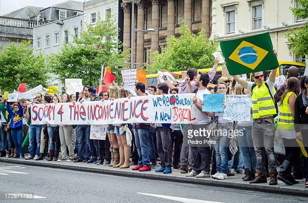 CONTENT] Brasileiros moradores de Dublin Irlanda apoiando as ondas de protestos no Brasil através de uma manifestação pacífica Cerca de 2 mil...